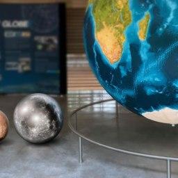 Big globe, Small World
